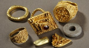 A display of the West Yorkshire Hoard © Leeds Museums and Galleries