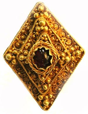 Cabachon Ring © Trustees of the British Museum